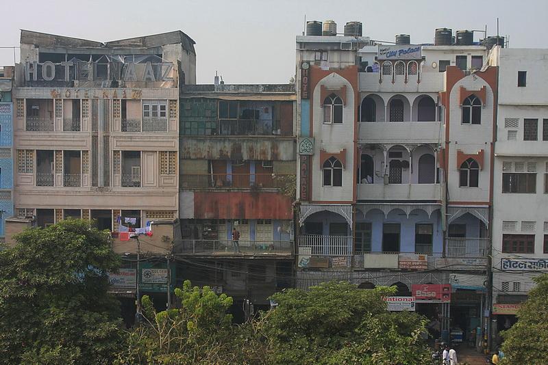 Jei kada nors ieškositės viešbučio Delyje, prisiminkite, kad iš šių atsiveria puikus vaizdas į Džamą Masdžid.